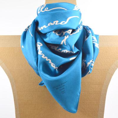 Carre de soie Lyonnais celebres bleu - maison des canuts - lyon - croix rousse - made in france - boutique et magasin de soie à lyon
