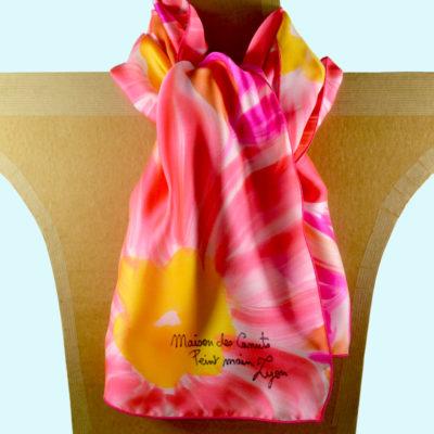Foulard en satin de soie -fleurs stylisees rose orange 1-peint main -boutique - foulard- soie- lyon