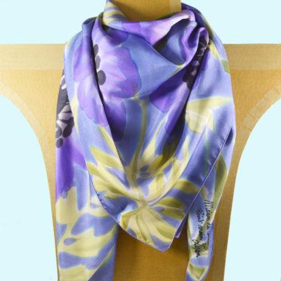 anemones-carre-soie-violet drappe-peint main -boutique - foulard- soie- lyon